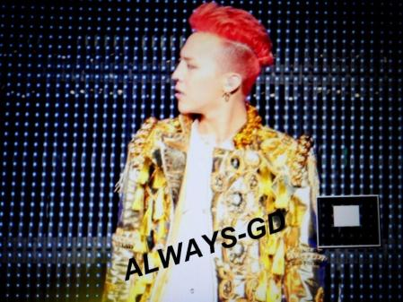 130407-gdragon-fukuoka-one-of-a-kind-LQ_002
