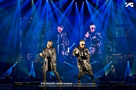 130407-gdragon-fukuoka-one-of-a-kind-official-facebook_001