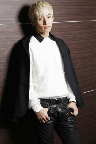 130408-daesung-oricon-interview_0031