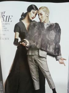 130719-bigbangupdates-gdragon-vogue-blonde-10