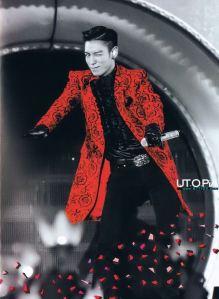 130725-top-bigbang-alive-photo-book-scans_028