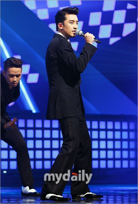 seungri-mcountdown-gotta-talk-to-u-11