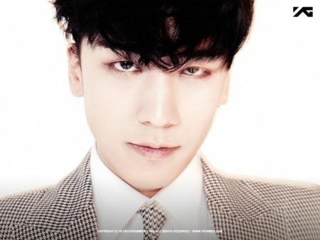 seungri_2nd_mini_03-800x600