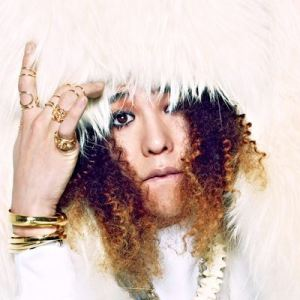 gd_g-dragon_space_8_022