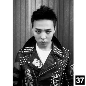 gd_g-dragon_space_8_full_065