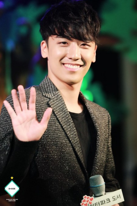 seungri-fan-meet_HQ-800x1200