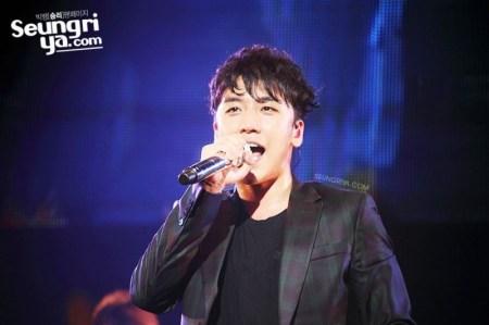 seungri_mezamashi_live_005-800x533