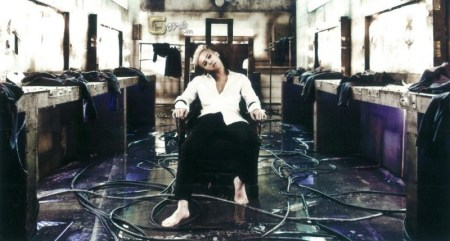 gdragon_lp_edition_coup_001-800x429