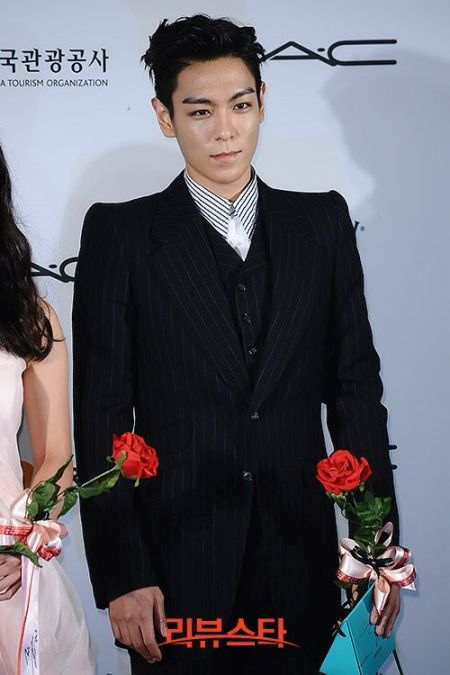 top_apan_blue_carpet_042