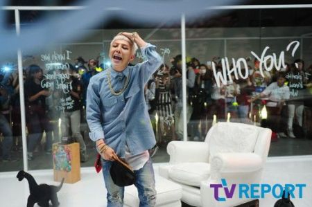 who_you_music_video_GD_089
